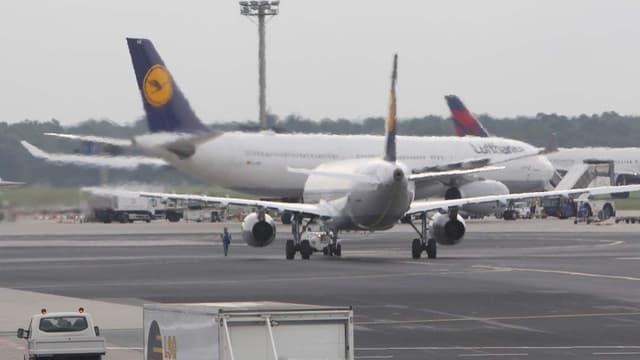 La Lufthansa prévoit d'assurer un tiers du trafic ce lundi