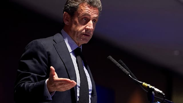 "Nicolas Sarkozy va faire partie des ""influenceurs Linkedin""."