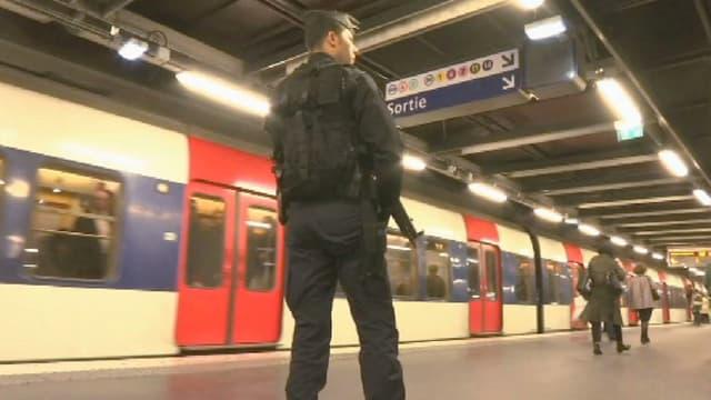 A Paris la sécurité est renforcée dans les aéroports, gares et transports en commun - Mardi 22 mars 2016