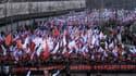 Des milliers de moscovites sont dans les rues de la capitale dimanche en hommage à Boris Nemtsov.