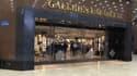 Le site InstantLuxe.com racheté par le groupe Galeries Lafayette, est spécialisé dans la vente d'accessoires, de maroquinerie et de joaillerie. Il revendique 700.000 membres et un panier moyen compris entre 900 et 1.000 euros