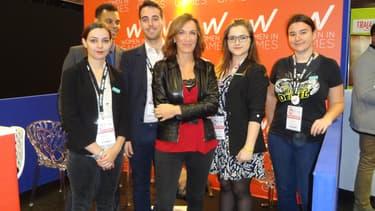 Autour de Julie Chalmette (centre, veste de cuir), de gauche à droite: Noémie, Axel, Alexandre, Ophélie et Marion.