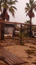 Paysage désolant et dévasté sur la plage de Fréjus - Témoins BFMTV