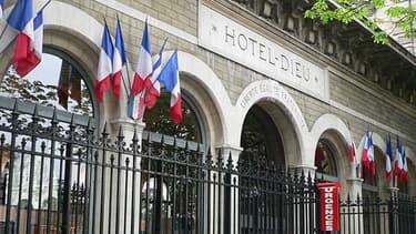 L'Hôtel Dieu, le plus vieil hôpital de Paris, va fermer ses urgences.