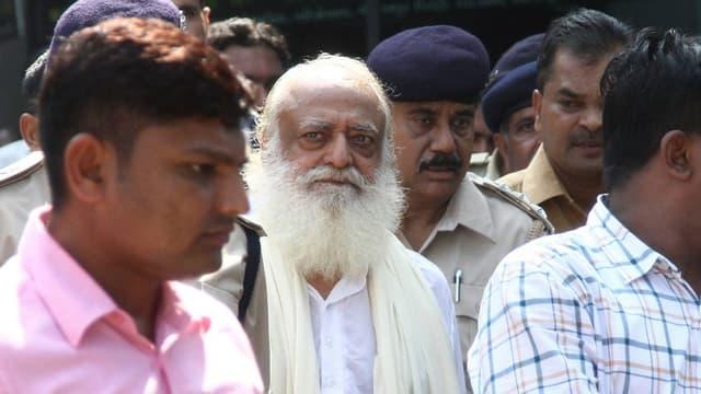 Le gourou Asaram Bapu condamné à la perpétuité.