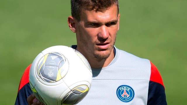 Nicolas Douchez nouveau gardien du RC Lens.