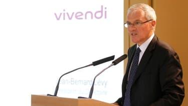 Jean-Bernard Lévy présentant les résultats du groupe Vivendi
