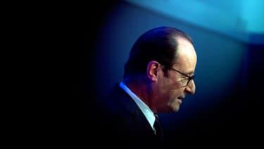 Le président François Hollande voit sa popularité de nouveau érodée dans un nouveau sondage.