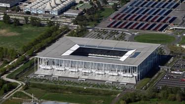 Le concessionnaire du stade de Bordeaux aurait multiplié par 12 la redevance due par les opérateurs mobiles qui ont installé leurs matériels télécoms dans l'enceinte sportive.