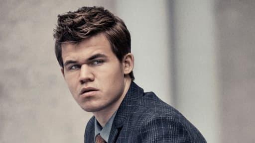 Ce jeune norvégien, plus jeune numéro un mondial de l'histoire, a des revenus annuels de plus d'un million d'euros.