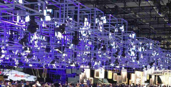 Vendredi 7 octobre en fin d'après-midi, les stands des constructeurs allemands dans le hall 4 ne désemplissaient pas.