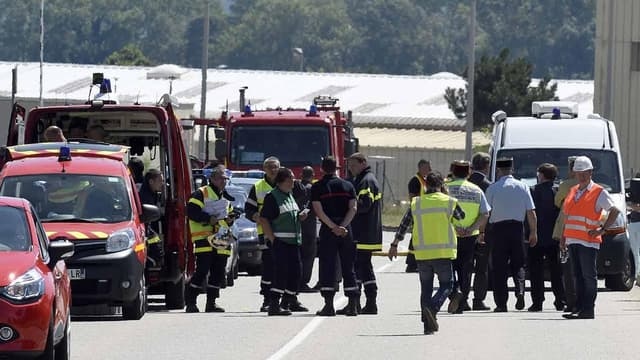 C'est un pompier qui a permis de neutraliser le suspect de l'attentat en Isère