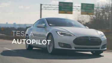 L'Autopilot de Tesla s'est illustré en évitant de justesse une collision contre un camion.