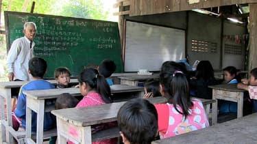 Le Cambodge compte 15 millions d'habitants et 80% de sa population vit en zone rurale avec très peu de moyens.