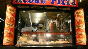 Les inspecteurs sanitaires ont retrouvé une bétonnière dans un fast-food. Elle servait à mélanger les sauces (Photo d'illustration).