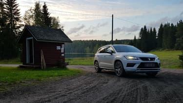 Le Seat Ateca FR 4Drive sur les pistes du rallye de Finlande