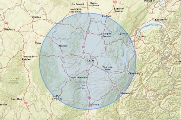 Voici le rayon de 100 km accessible autour de Lyon.