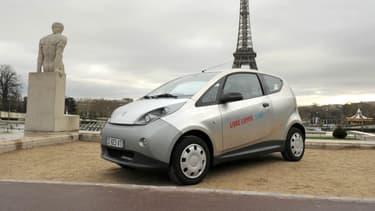50 Autolib' vont être mises en vente les 10 et 11 novembre dans un garage de Loir-et-Cher.