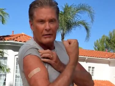 L'acteur américain David Hasselhoff dans la campagne de vaccination allemande.