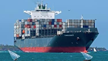 L'augmentation des droits de douanes freinera la croissance mondiale