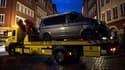 La camionnette avec laquelle un homme a foncé dans la foule samedi à Münster, en Allemagne.
