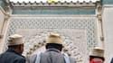 Des musulmans arrivent à la Grande mosquée de Paris, en 2012. (Illustration)