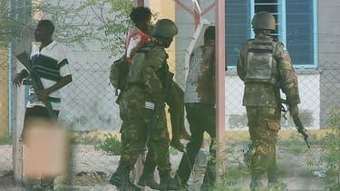 De nombreux étudiants ont été pris en orage par les islamistes shebab somalies.