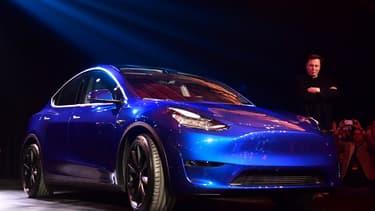 Avec la montée en puissance de la Model 3 et le lancement du nouveau SUV Model Y, Tesla régnera sans doute en maître sur le secteur de l'automobile électrique cette année, malgré une concurrence de plus en plus rude.