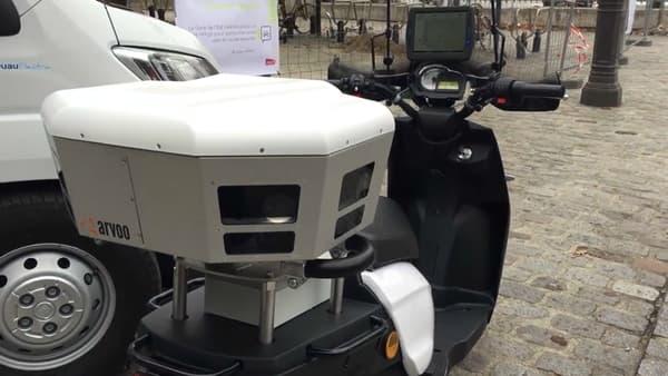Des scooters font partie de la flotte des véhicules flasheurs.