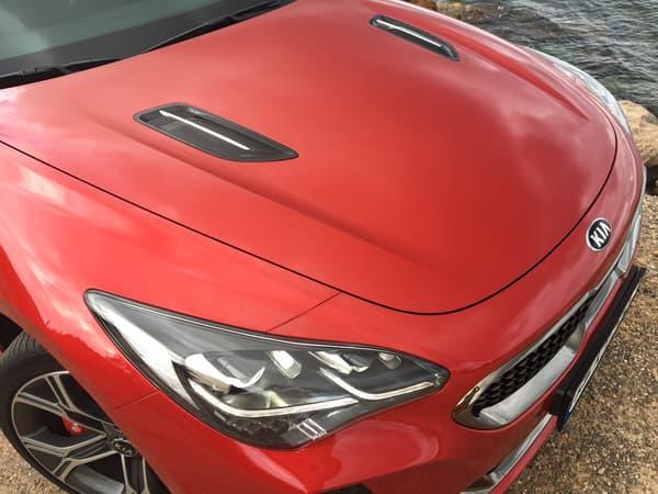 La ligne de la Kia Stinger est signée Albert Biermann, père de nombreuses BMW M.
