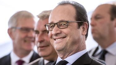 """""""Il y a toujours des esprits un peu tourmentés ou inquiets"""", a déclaré François Hollande près d'Arras le 7 juin 2016."""