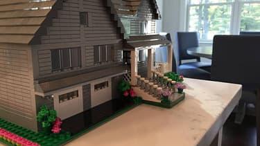 Une boutique propose de construire la réplique de votre maison avec le célèbre jeu de construction.