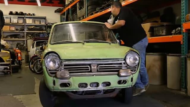 Cette N600 de 1969, en piteux état, est le premier véhicule importé par Honda aux Etats-Unis.