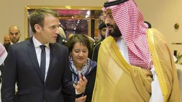 Emmanuel Macron aux côtés du prince Mohammed bin Salman, le 9 novembre 2017 au Palais royal saoudien à Ryad