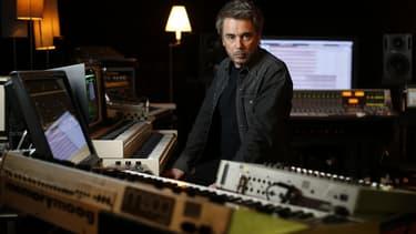 Jean Michel Jarre dans son studio, le 30 septembre 2015