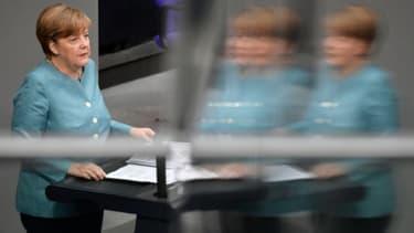 La chancelière allemande Angela Merkel s'adresse aux députés, le 29 juin 2017.