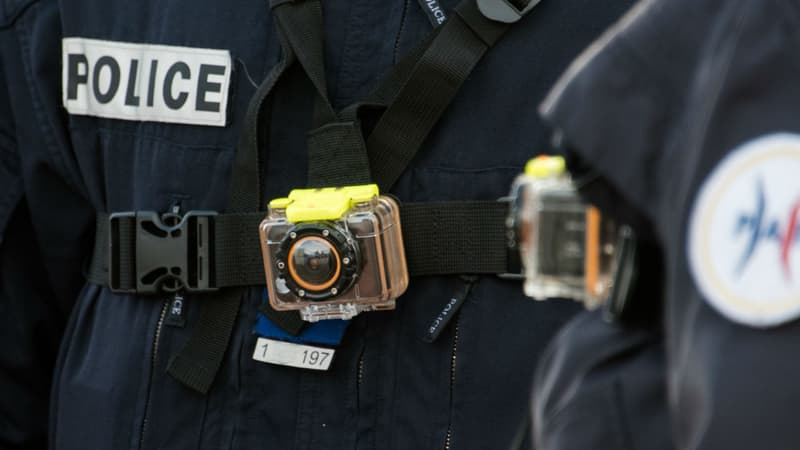 Caméras-piétons: face à du matériel défaillant, des policiers ont utilisé des caméras personnelles