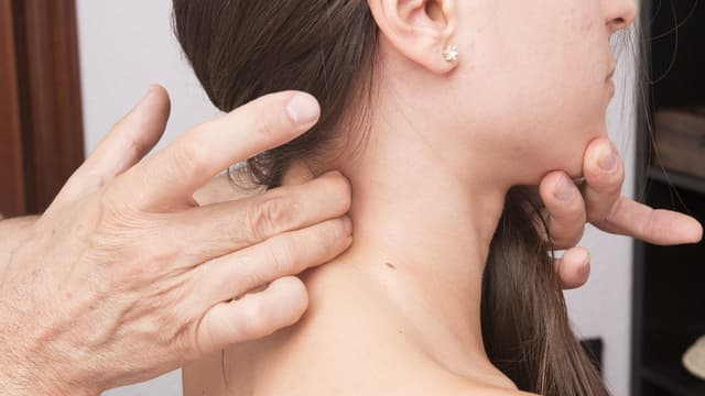 Une femme en pleine consultation médicale (Photo d'illustration)