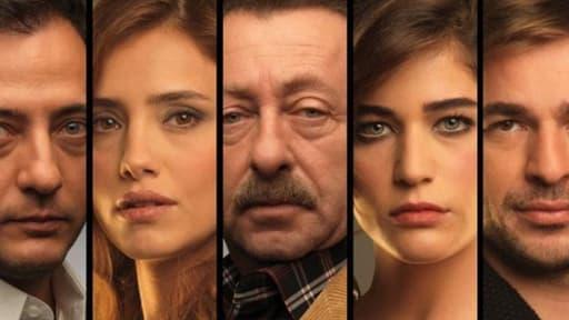 """Les personnages de la série turque """"The end"""", exportée dans 35 pays dont l'Angleterre et la Suède."""