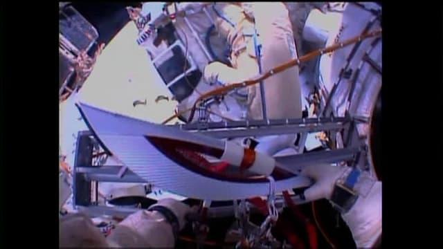 Début d'une sortie historique dans l'espace de la flamme olympique russe le 9 novembre 2013.