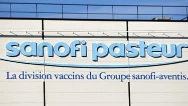 Sanofi Pasteur utilisait des chevaux pour produire des vaccins grâce aux anticorps produits par ces animaux.