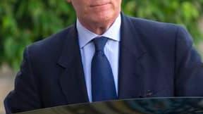 David Sénat, le magistrat soupçonné d'avoir informé un journaliste dans l'affaire Woerth-Bettencourt, va assigner en référé le ministre de l'Intérieur, Brice Hortefeux.