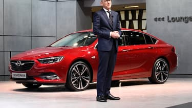 Karl-Thomas Neumann, l'ex-PDG d'Opel/Vauxhall lors de la présentation de l'Opel Insigna Grand Sport, dernière berline du constructeur allemand.