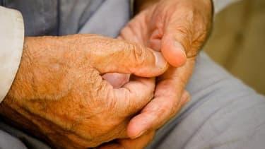 Le gel des pensions de retraites de plus de 1.200 a été adopté à l'Assemblée nationale pour un an.