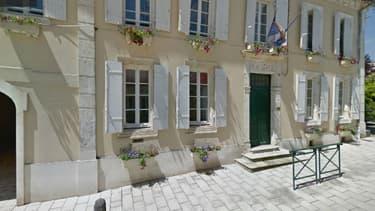 La mairie de Baignes-Sainte-Radegonde, en Charente
