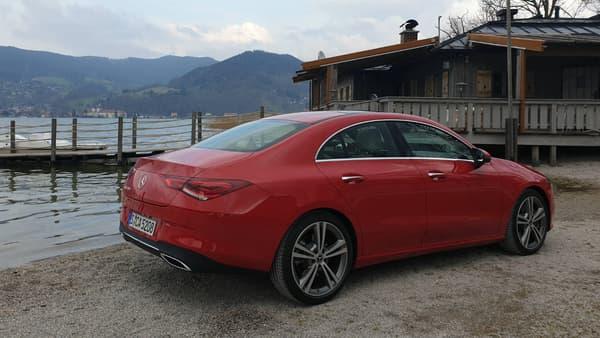 Si elle se range dans la catégorie coupé 4 portes, la CLA reste une voiture de taille assez imposante, avec 4,70 mètres de long.