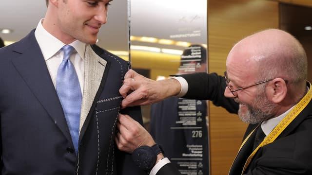 13% des personnes interrogées respectent un code vestimentaire, tel que le port du costume.