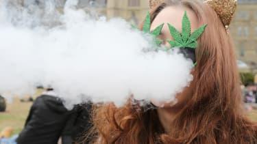 Le Canada a décidé de légaliser la vente du cannabis à compter du 1er juillet .