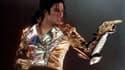 Même mort, Michael Jackson génère 275 millions de dollars par an, fait mieux que les 12 personnalités qui le suivent sur la liste du magazine Forbes.