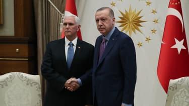 Le vice-président américain Mike Pence et le président turc Erdogan le 17 octobre dernier à Ankara.